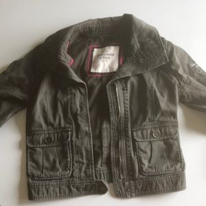 Abercrombie & Fitch cropped green jacket.